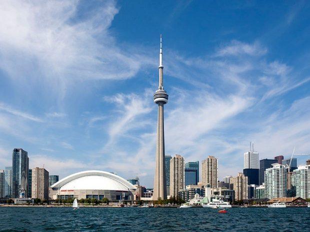 Tháp Toronto - biểu tượng của thành phố Toronto