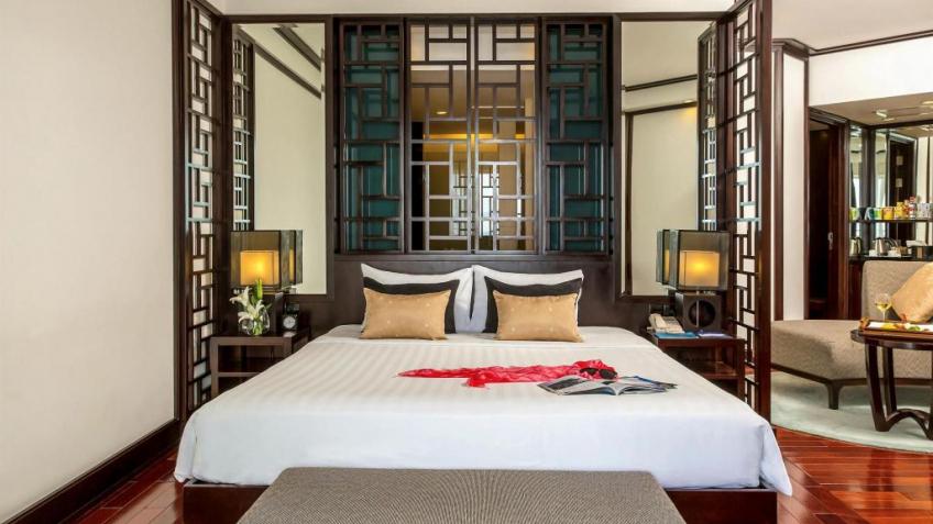 Review về khách sạn Novotel Hạ Long