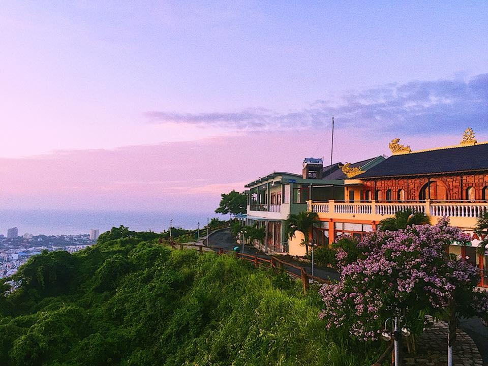 Đặt phòng Resort Hồ Mây Vũng Tàu giá rẻ